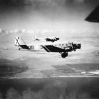T2-Junkers-JU52(C352-L).jpg
